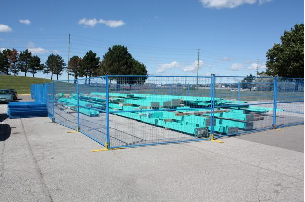 Galvanized or powder coated black iron panels / Portable swimming poolsafety fence / removable temporary pool