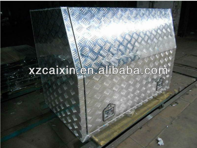 Metal Heavy Duty aluminum tool boxes, any trucks tool box