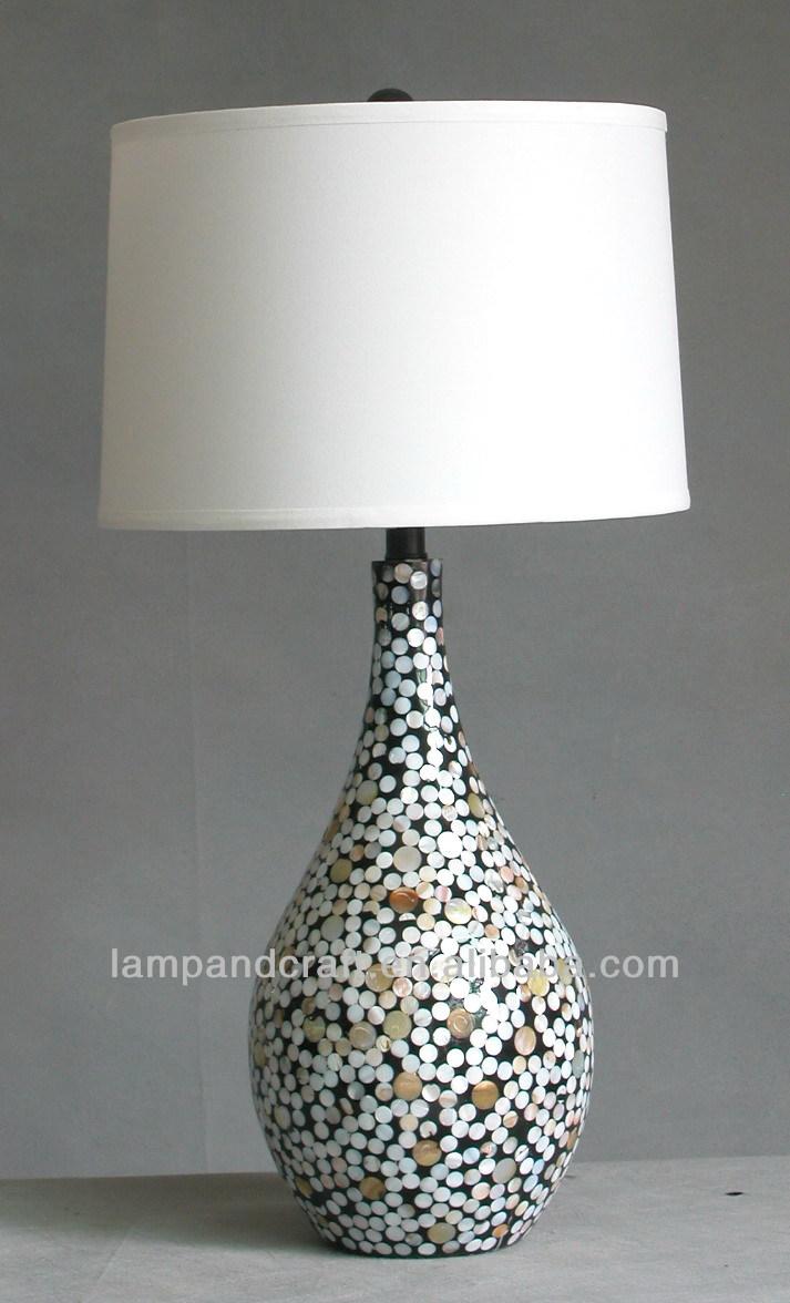 jahrgang bunte keramik vase muschel tischlampe mit wei er. Black Bedroom Furniture Sets. Home Design Ideas