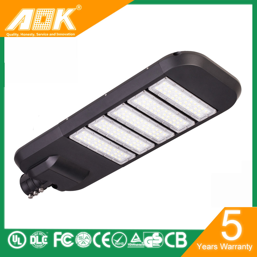 alibaba best sellers 170 per watt led street light 200w with 8 years warranty