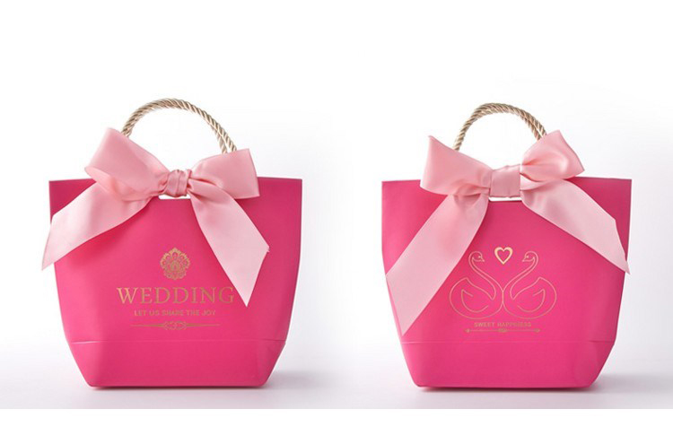 Custom Design Hot Stamping  Logo Wedding Favor Art Paper Drawstring Gift Bag For Wholesale