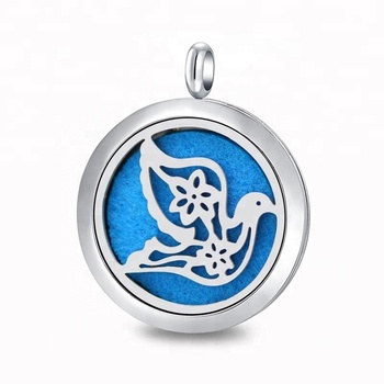 Hollow Design 316L Stainless Steel Silver Magnetic Aroma Diffuser Locket Pendant