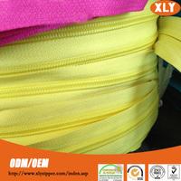 zipper manufacturers nylon zipper in rolls for industrial sewing machine