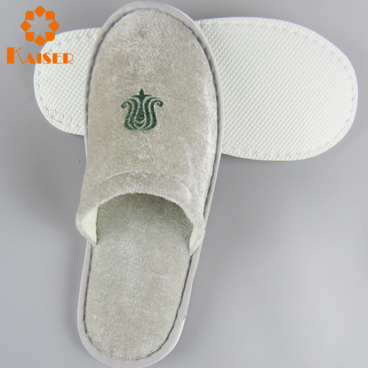 0563ad15f8b5 Slippers For Elderly