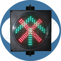 Five star red and green traffic signals use on city road