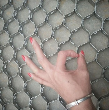 China Hex Steel Metal Mesh / Hex Steel net / flexible metal mesh netting