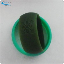 Soft any sizes and colors cheap lovers ring plastic silicone wedding ring