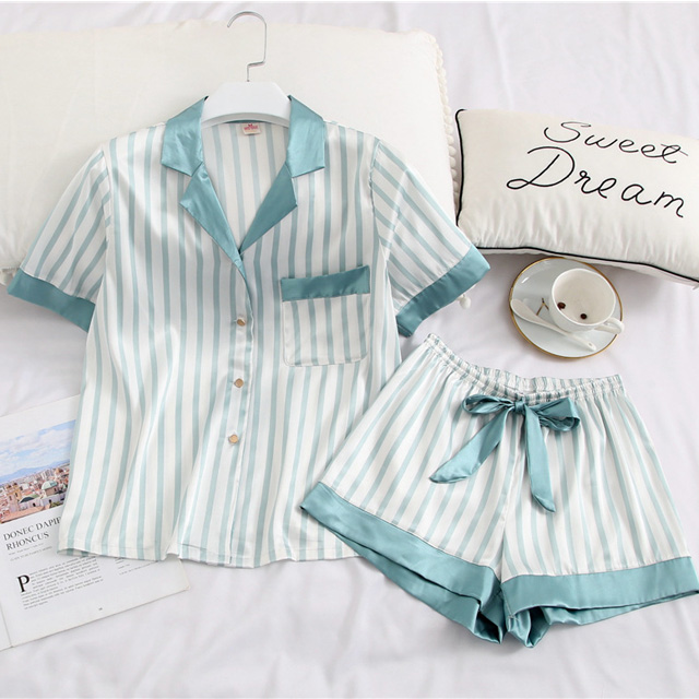 2019 OEM hot sales wholesale summer thin sleepwear cozy silk like short satin striped pajamas set for <strong>women</strong>