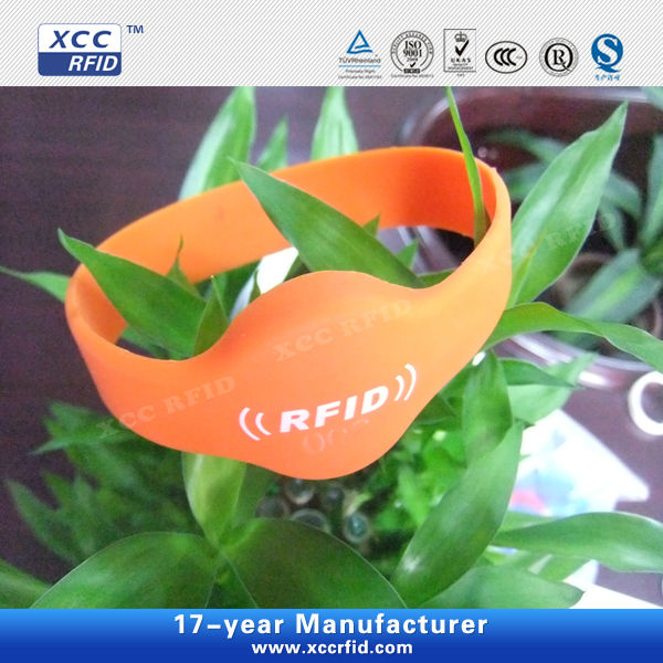 13.56mhz High Frequency RFID Wristbands for swimming pool