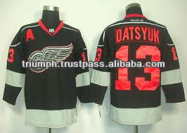 detroit red wings black jersey