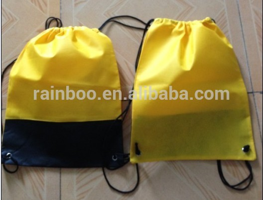 गर्म बेच लोगो मुद्रित सस्ते काले छोटे नायलॉन जाल पॉलिएस्टर drawstring बैग के लिए प्रचारक उपहार