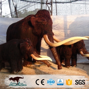 OA23499 animatronic life size artificial mammoths