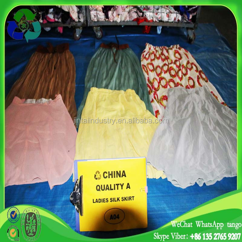 wholesale clean used clothes ladies silk skirt for Africa
