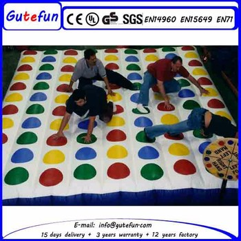 2017 Popular Giant Inflatable Twister Game Mega For Sale