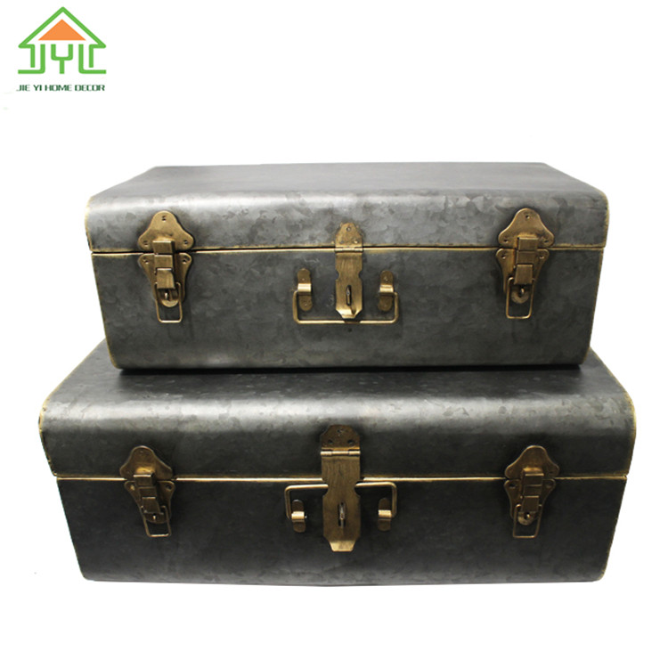 Custom antique trunk Vintage Carving metal Used wall hanging trunk for wall decor antique storage trunk For Sale