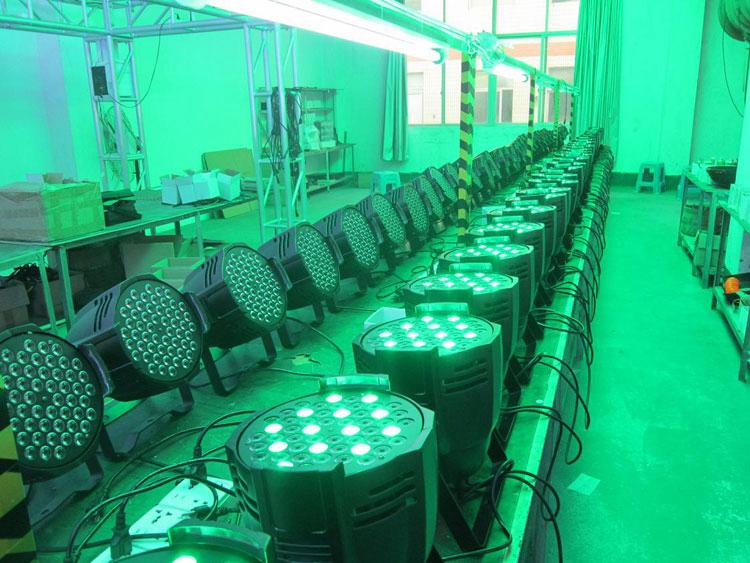 Haute qualité dmx d'effet de lavage rgbw 54 pièces 3w a mené la lumière d'étape