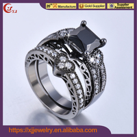 Nice Quality Cubic Zircon Gold Ring Black Stone