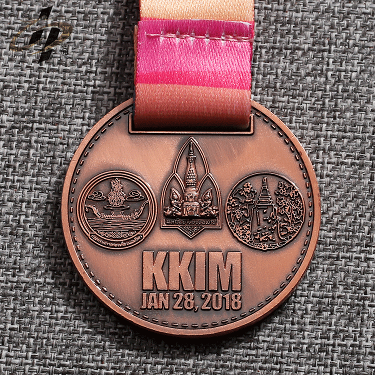 Custom cheap zinc alloy metal bronze antique marathon running medal for Thailand