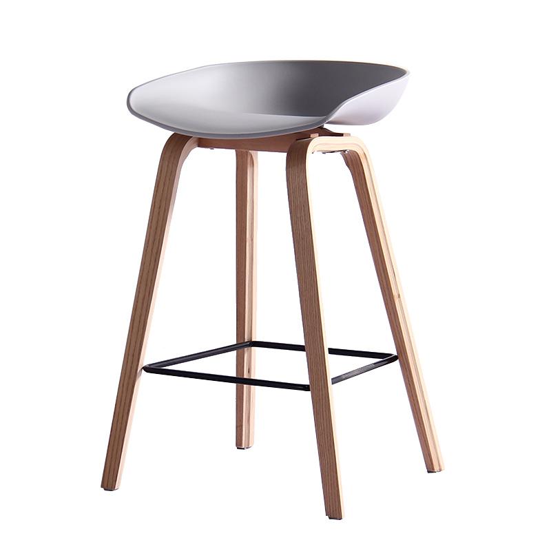 Tavoli e sedie per pub usati for Imitazioni sedie design