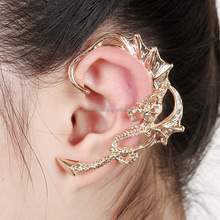 2016 Yiwu aliexpress retro metal pendiente de la aleación fly dragon ear cuff