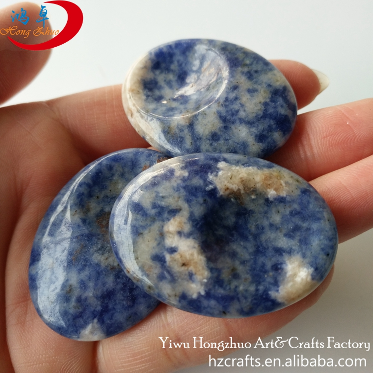 Wholesale crystal worry stone : palm