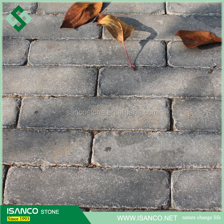 natural limestone paving cobbles used for landscaping bluestone pavers