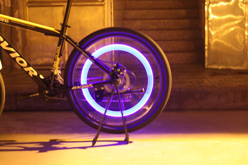 Bike LED Flash Tyre Light led Bike Bicycle car Motorcycle tire Spoke Wheel Valve LED Flash alarm Light