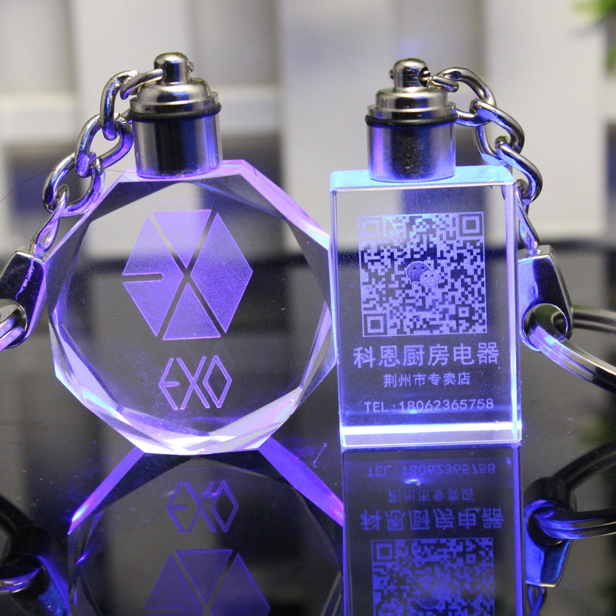 Wholesale  Led Glass Dolphin Photo Keychain Customized Acrylic Led Keychain Crystal