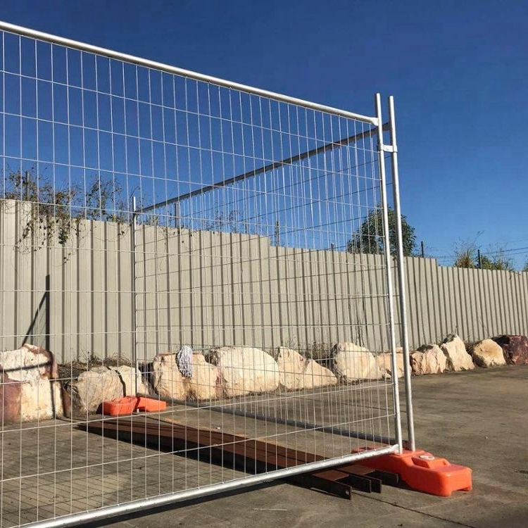 Welded wire fence gate Door Welded Wire Mesh Temporary Fence Gate Biljkekaolijekinfo Welded Wire Mesh Temporary Fence Gate Buy Fence Gatewooden