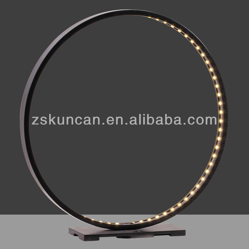 Cercle Noire Lampesamp; Table 500002983388 Conduit Lecture Métal Couleur De Id Lampe Produit BeQrdxoWCE