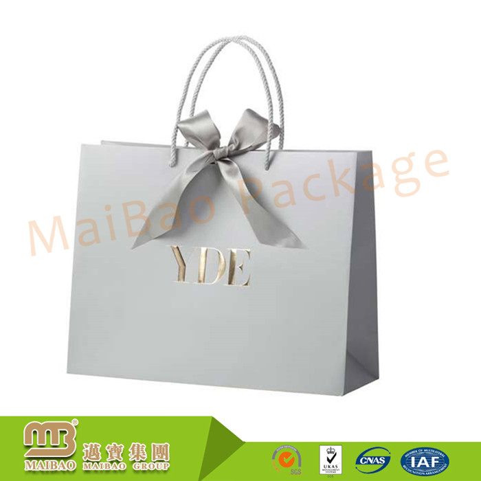 Wholesale Custom Printed Rope Handles Luxury Retail Gift Shopping Low Cost Paper Bag With Bow Tie Ribbon