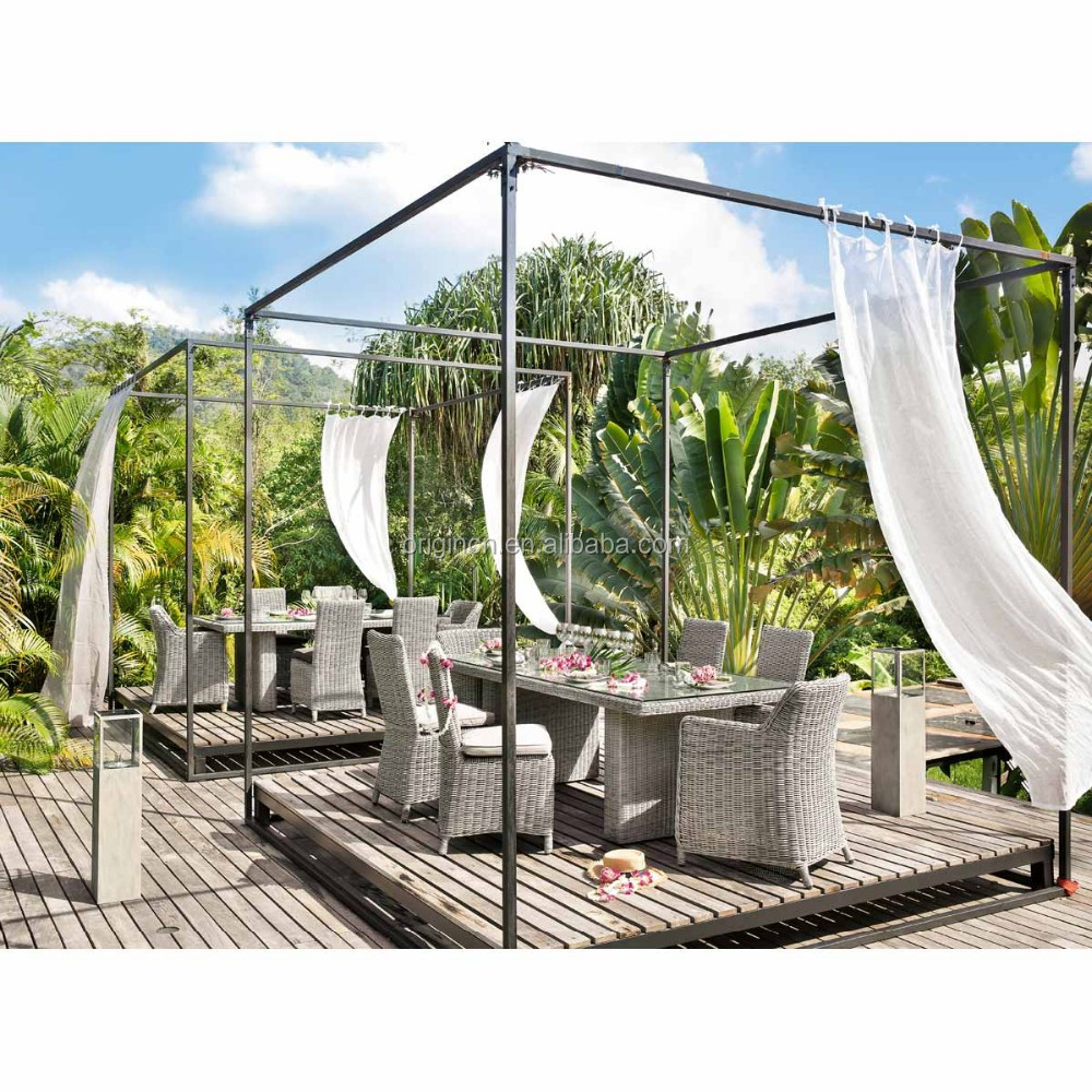 Exotic Vintage Style Rattan Dining