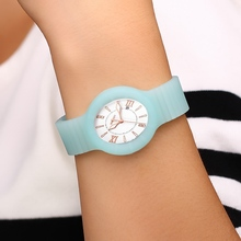 fashion made silicone wristband watch
