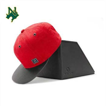 Custom Gift Wrap Snapback Hat Cap Embroidery Hat With Debossed Logo On Back Custom Metal Plate Snapback Hat Box Red
