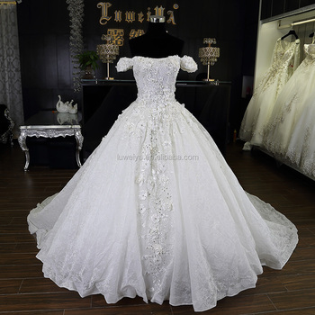 2017 Customized Hand Made Puffy Big Ball Gown Off Shoulder Brides