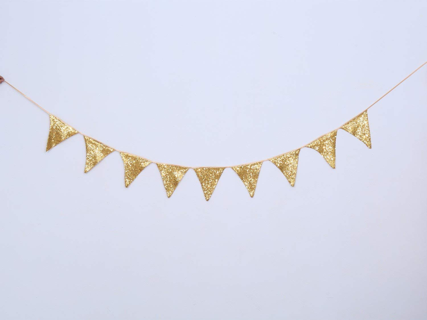Feesten, speciale gelegenheden Maroon and Gold Triangle Flag Bunting 27 flags on this 10 metre Long Bunting Feestartikelen