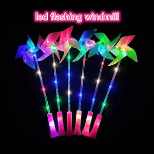 2018 new arrival hot sell kids favor toy flashing multicolor led windmill