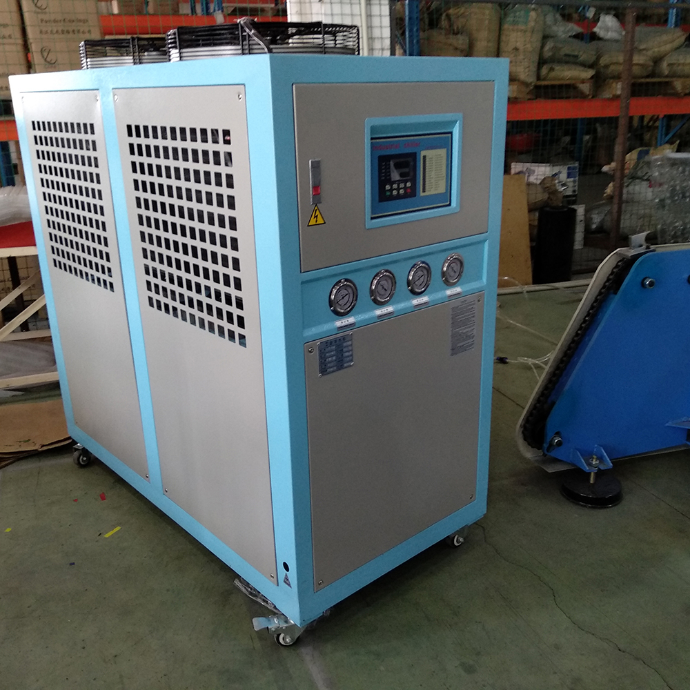 Water chiller voor thermoforming machine