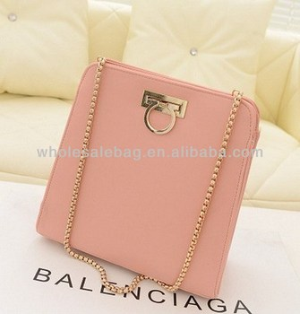 a64bfe3e23a0 Graceful Long Chain Sling Bag For Girls Beautiful Chain Messenger Bag  Ladies Cross Shoulder Bag With