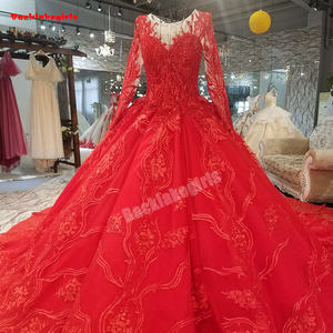 05252 New Fluffy Princess Style Wedding Dress Exotic Sequin Delicate Appliqued Ball Gown