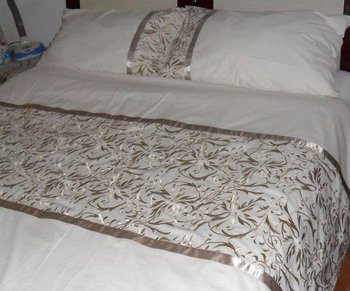 New Design Hand Embroidered Bed Sheet