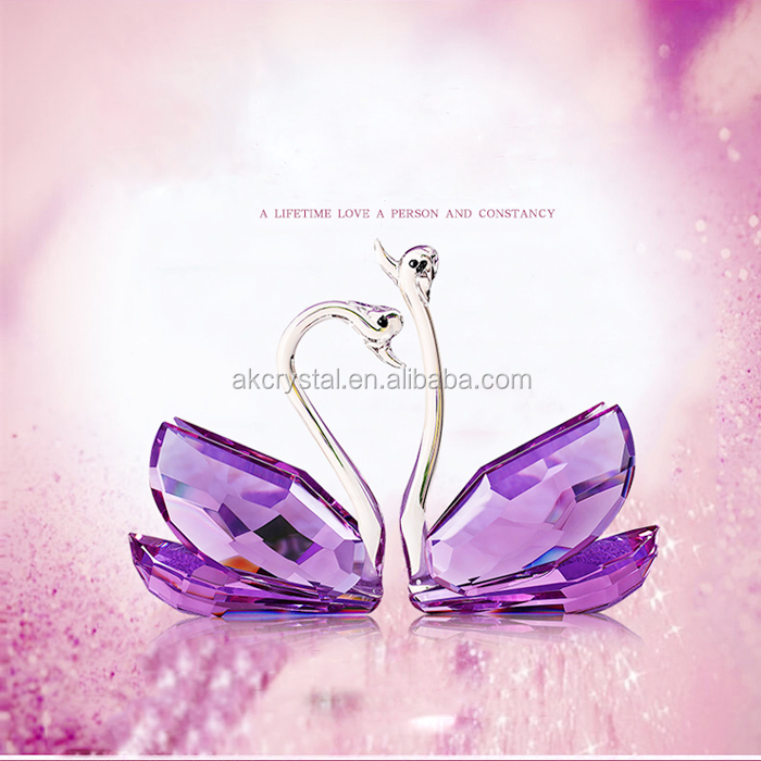 Hot sale wedding favors lovely crystal small animal figarine colorful crystal glass butterfly gift