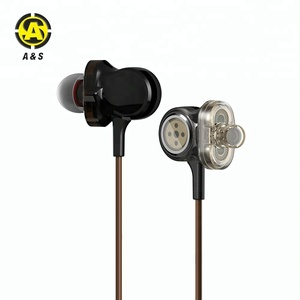 Wired In Ear Earphones Dual Dynamic Drivers Earbuds Provide Stereo Deep Bass & Crystal Clear Sound