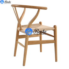 Solid wooden wishbone dining chair