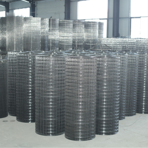 Low carbon steel wire hot Dipped Galvanized welded wire mesh for Stadium fence