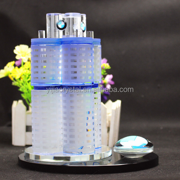 Exquisite Custom Crystal 3D Building Model for Company Souvenirs