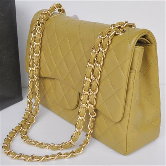 wholesale italy popular classic quilted middle aged women lambskin handbags import from china
