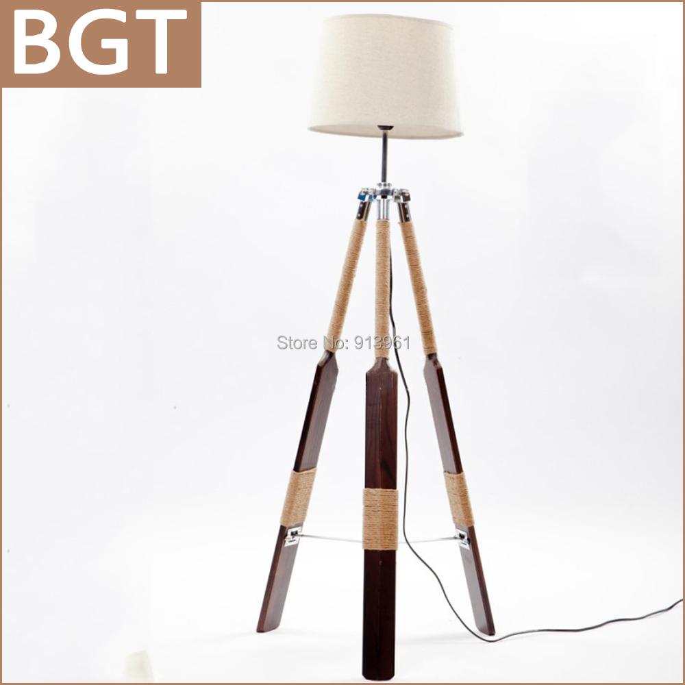 lampadaire salon bois et blanc avec des id es int ressantes pour la conception de. Black Bedroom Furniture Sets. Home Design Ideas
