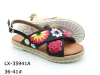 Embroidered floral straw bottom casual shoes for lady