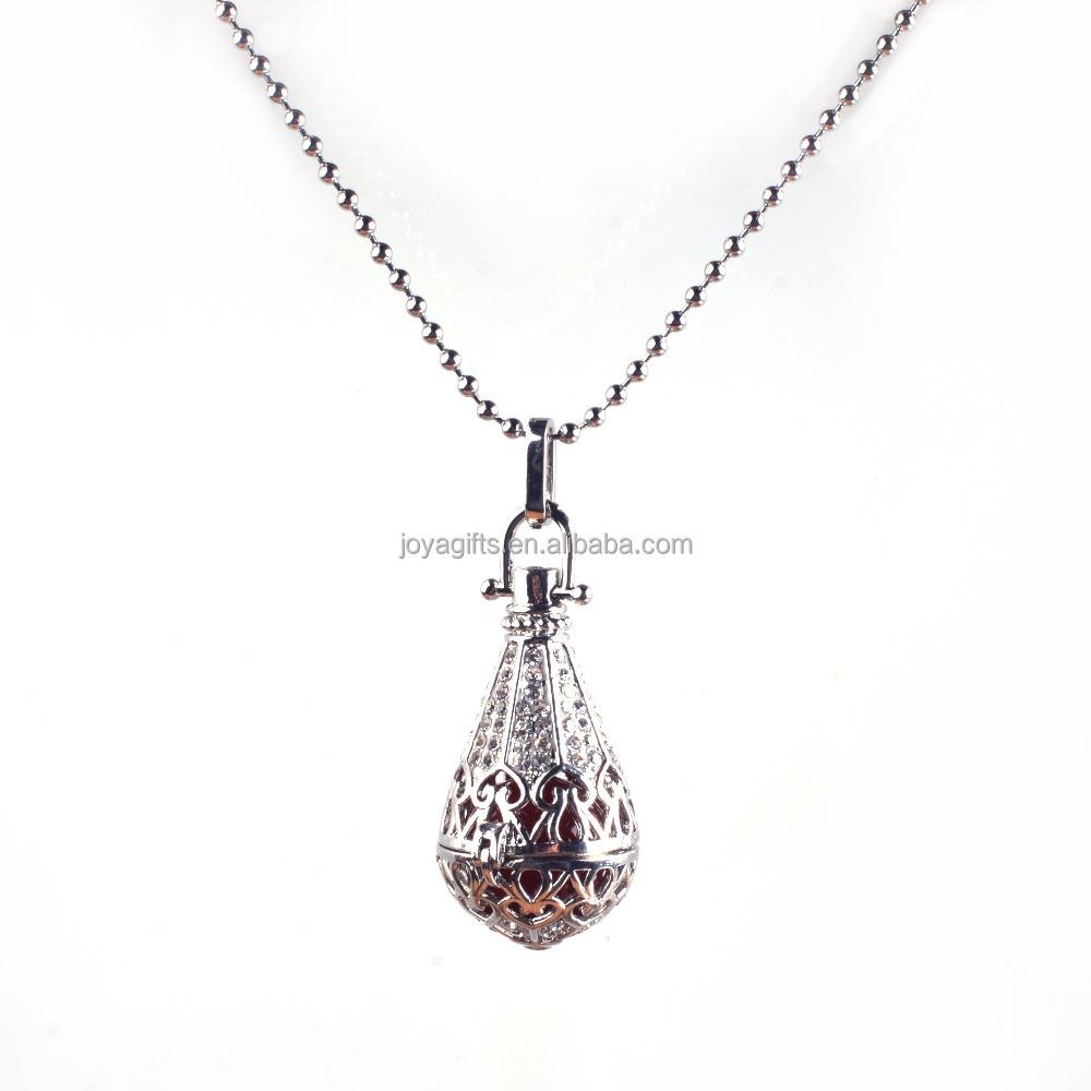 chaude son musical boule de cristal bijoux cage pendentif collier pour les femmes enceintes et. Black Bedroom Furniture Sets. Home Design Ideas